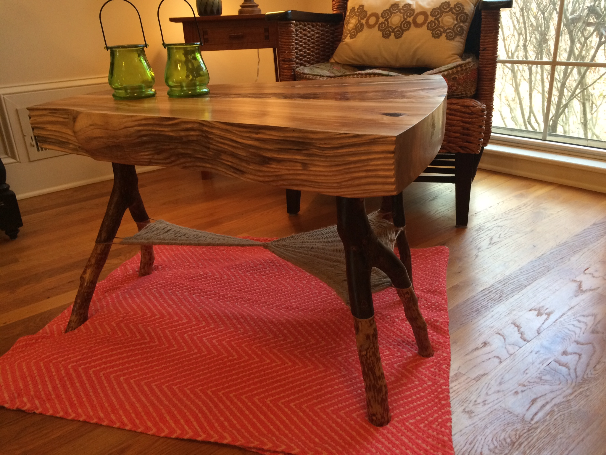 Coffee Table – Woven Web